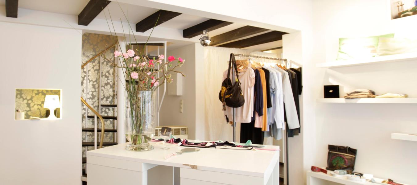Buchen Sie einen privaten Modeabend bei Coco Lores