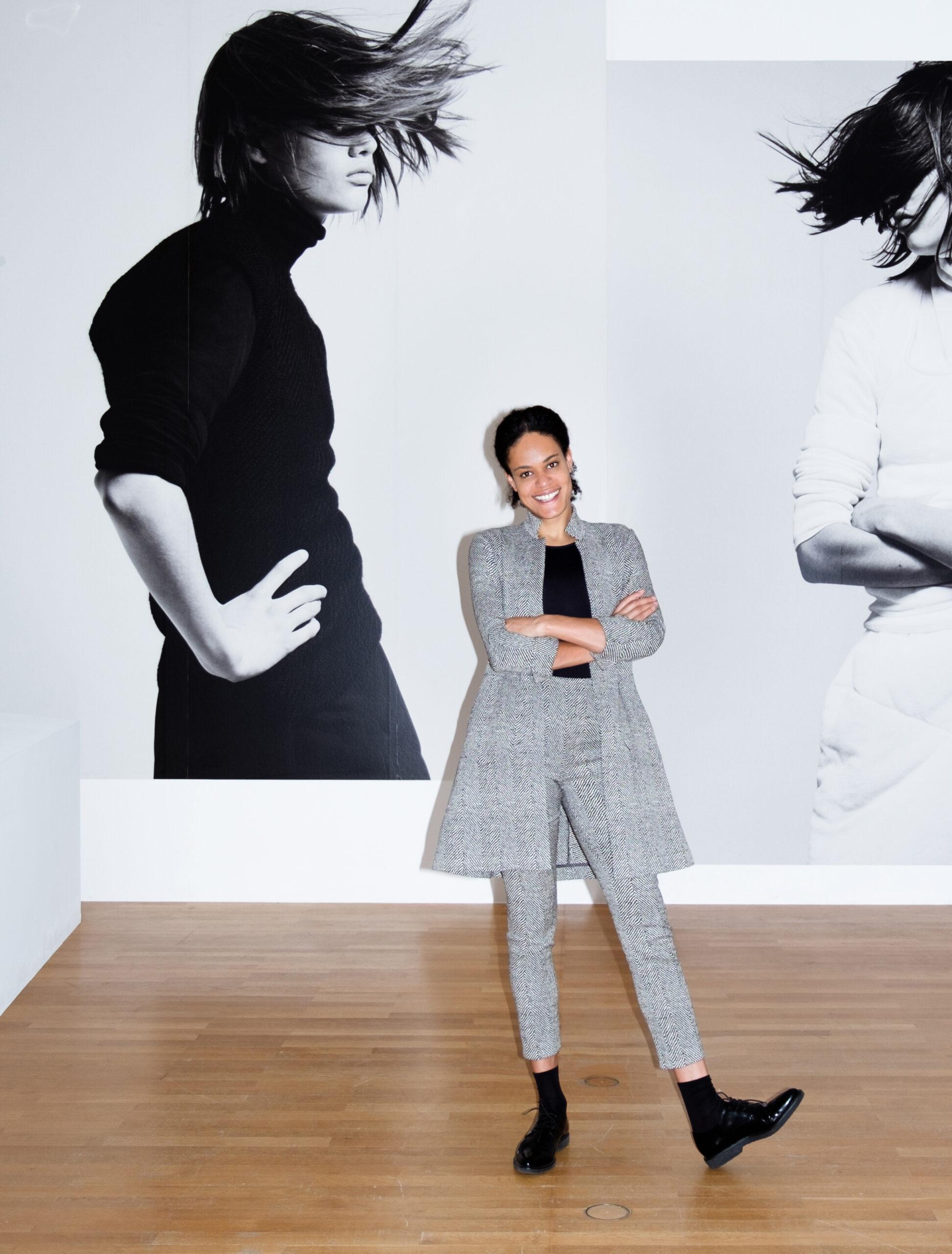 Sie trägt Frankfurt: Dr. Mahret Kupka zur Ausstellungseröffnung von Jil Sander